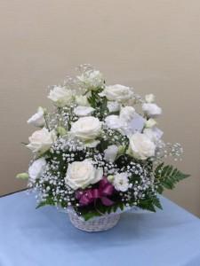 白バラ・トルコキキョウ・カスミ草