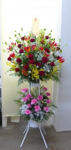 【スタンド花】スナックの開店祝いにレッド系のスタンド花を