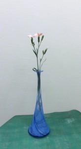 岩田ガラス【33】スマートなブルーの花瓶02