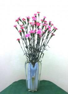 岩田ガラスシリーズ【56】ゆりの花のような花瓶02