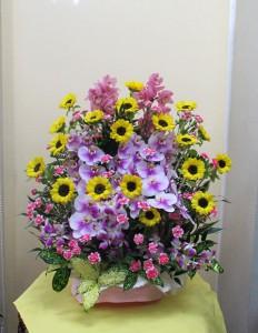 【アレンジメント】お誕生日のお祝いに華やかなお花たち