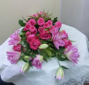 ユリとバラの花束01