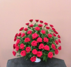 赤バラ60本のアレンジメント
