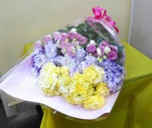 【花束】お誕生日にトルコキキョウの花束