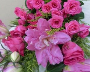 ユリとバラの花束02