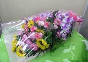 【花束】カラオケ大会のプレゼントに02